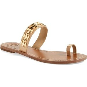 Tory Burch Val Sandals 👡 (sold out everywhere!)